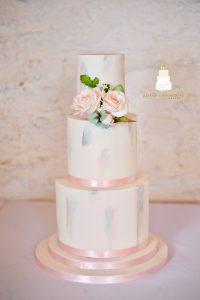 pastel colour tone wedding cake