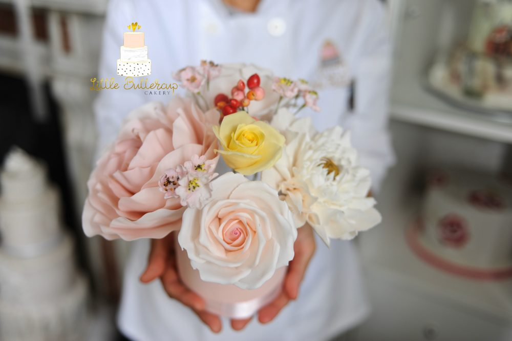 Little buttercup cakery's Sugar flowers