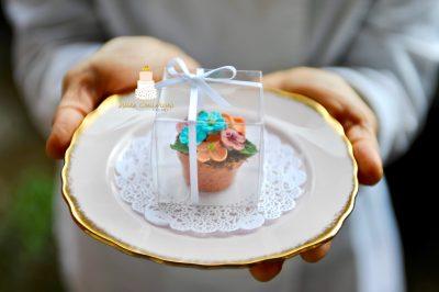 Chocolate flower pot wedding favours