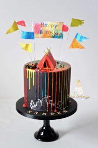Festival lover drip cake