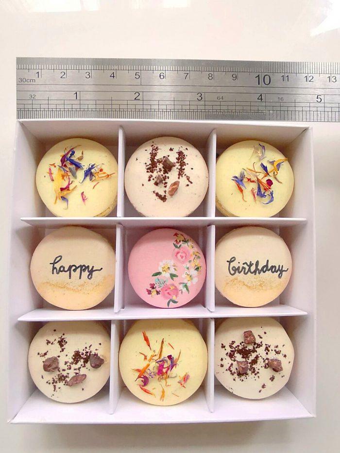 Mixed mini macaron box