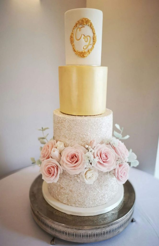 Classic white and gold with sugar roses