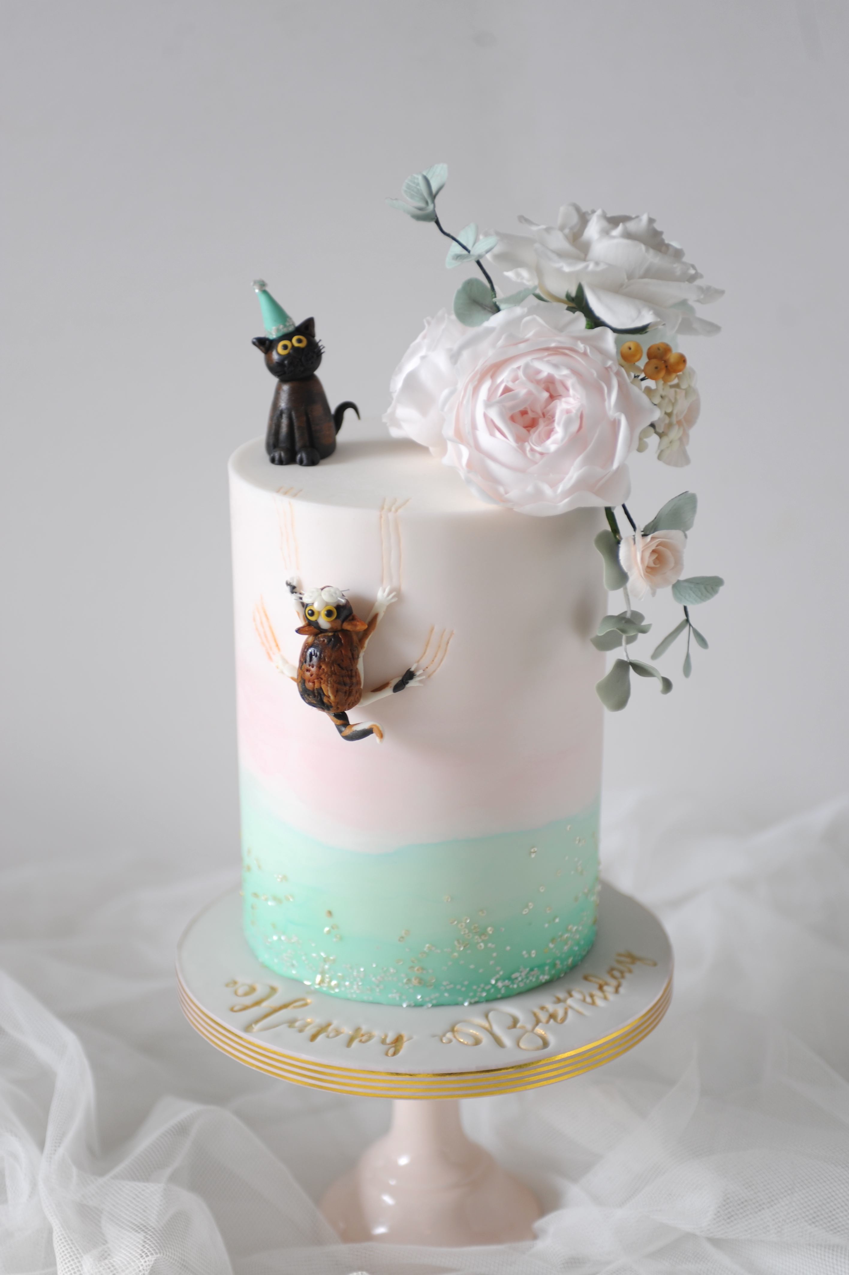 Cats & flowers cake